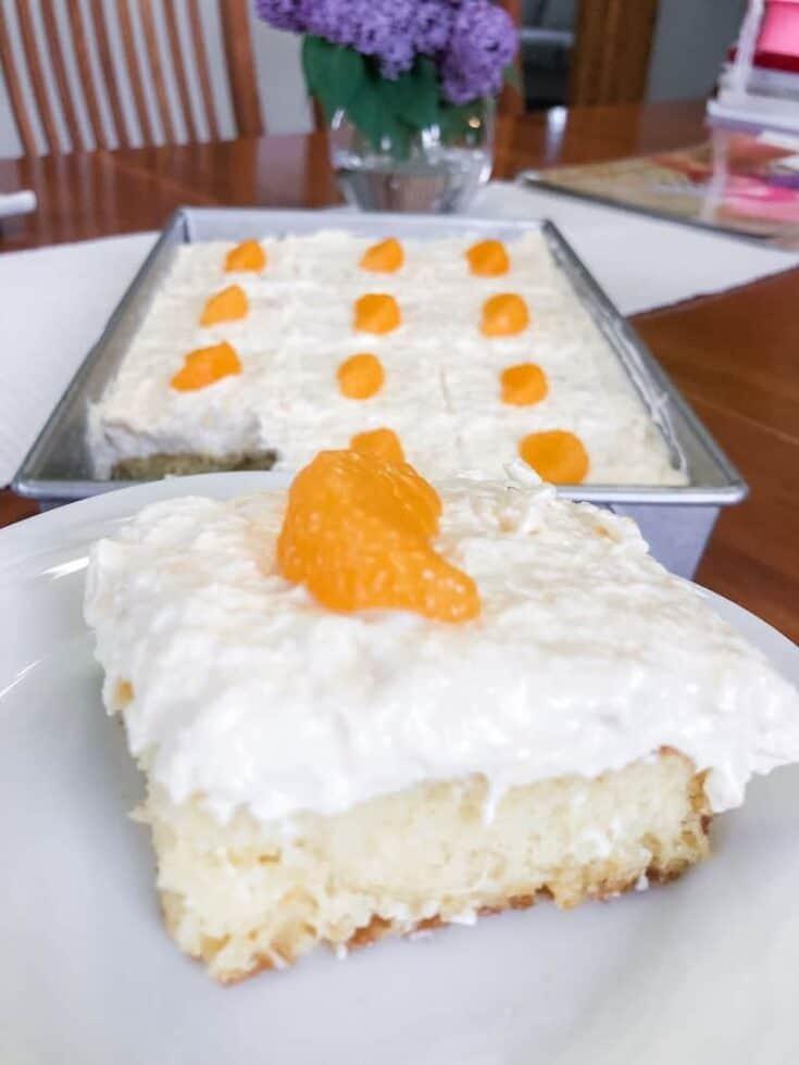 Mom's Best Pineapple Mandarin Cake (Pig Pickin' Cake)