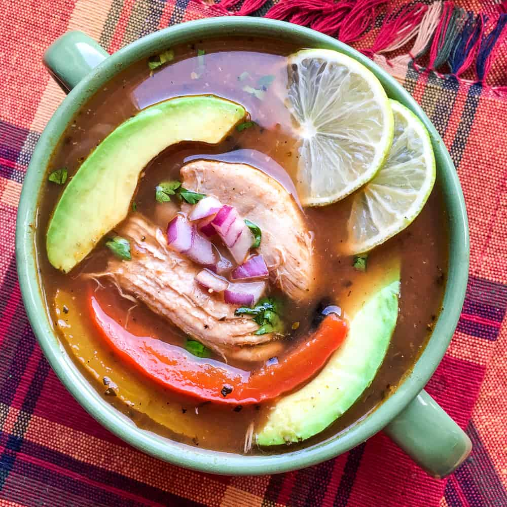healthy chicken fajita soup