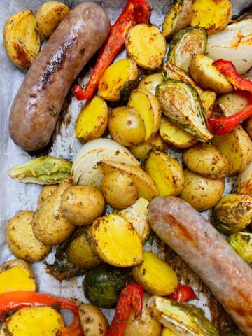 brat sheet pan dinner with vegetables